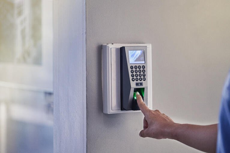 Wired Versus Wireless Access Control Systems